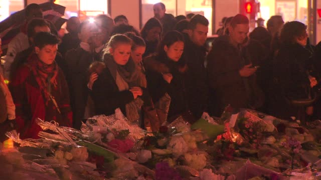 vidéos et rushes de aftermath in paris after terrorist attacks - 2015