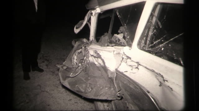 stockvideo's en b-roll-footage met aftermath of a car accident. wreck and police arrest driver. - dronken achter het stuur