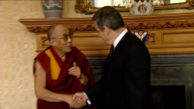 aftermath of crewe nantwich byelection and analysis of result england london lambeth palace photography*** dalai lama shakes hands with gordon brown... - lambeth stock-videos und b-roll-filmmaterial