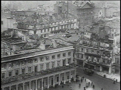 vídeos de stock e filmes b-roll de ha aftermath of the german invasion of warsaw / warsaw poland - 1939