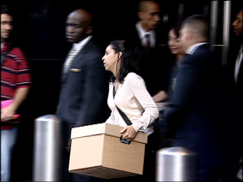 stockvideo's en b-roll-footage met aftermath of the lehman brothers collapse on new york city's workforce and economy lehman brothers fails to reach a bailout deal on september 15 2008... - 2008