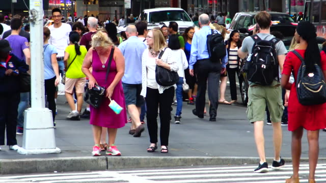 afternoon rush hour, 6th ave, new york city - 42nd street stock videos & royalty-free footage