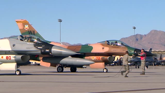 vídeos de stock, filmes e b-roll de aggressors from the 64th aggressor squadron at nellis air force base nevada - nellis air force base