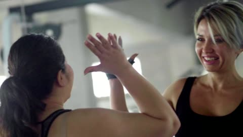 agreement : asian women and fitness instructor - encouragement stock videos & royalty-free footage