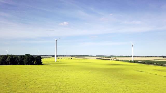 agrargebiet im frühjahr - ontario kanada stock-videos und b-roll-filmmaterial