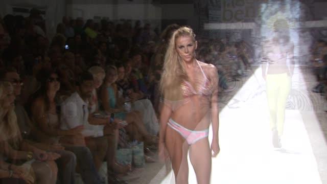 stockvideo's en b-roll-footage met agua bendita - mercedes-benz fashion week swim 2014 on july 19, 2013 in the raleigh hotel, miami, florida - agua