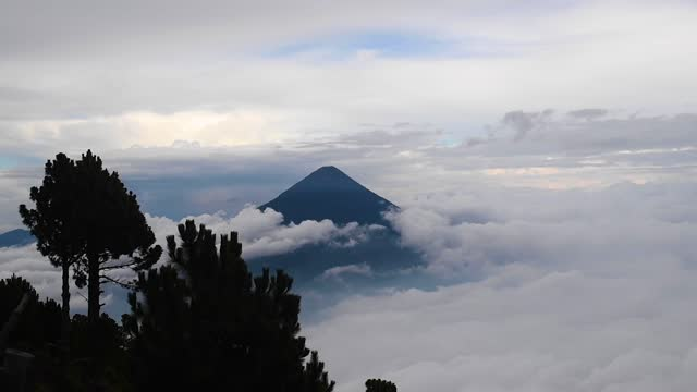 agua volcano seen from acatenango  at height of 3,976 m 13044 foot - agua stock-videos und b-roll-filmmaterial