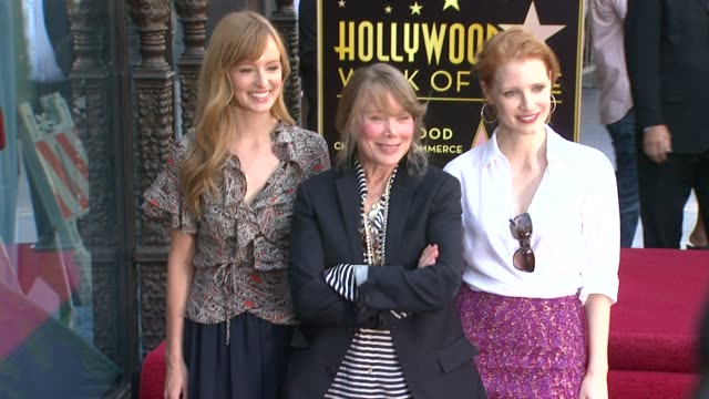 ahna o'reilly , sissy spacek and jessica chastain at the sissy spacek to be honored with star on the hollywood walk of fame at hollywood ca. - sissy spacek stock videos & royalty-free footage