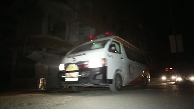 Aid workers evacuated emergency medical cases from Syria's besieged rebel bastion of Eastern Ghouta late on Thursday for a third and final day