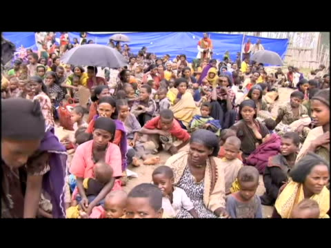 aid workers refugees and starving children in ethiopia - ethiopia stock videos & royalty-free footage