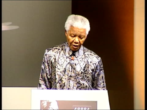 london standing ovation for nelson mandela at press conference to promote aids benefit concert stage backdrop '46664' nelson mandela speech sot 46664... - sentencing stock videos & royalty-free footage