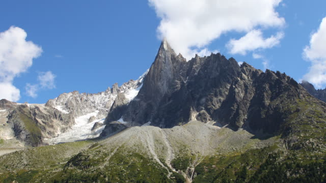 aiguille du dru time lapse video 4k - rhone alpes stock videos & royalty-free footage