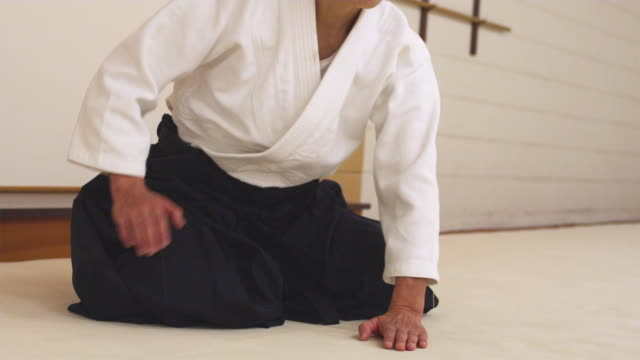 CU Aikido instructor bowing / Portland, Oregon, USA