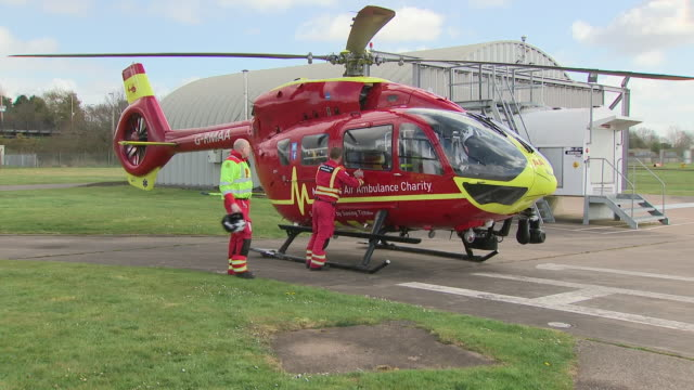 air ambulance services are on the front line of the fight against coronavirus they provide one of the fastest responses for patients who are... - west midlands stock-videos und b-roll-filmmaterial
