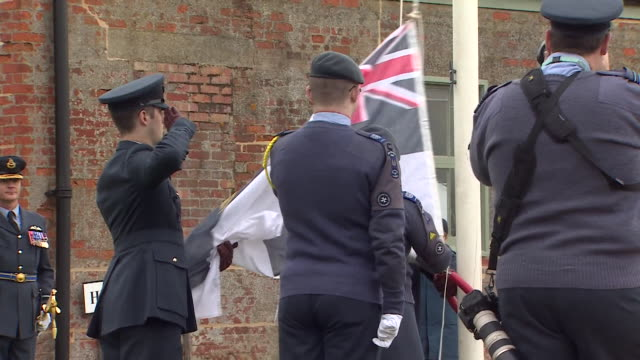 vidéos et rushes de air cadets in stow maries, essex, marking 100 years of the raf - royal air force