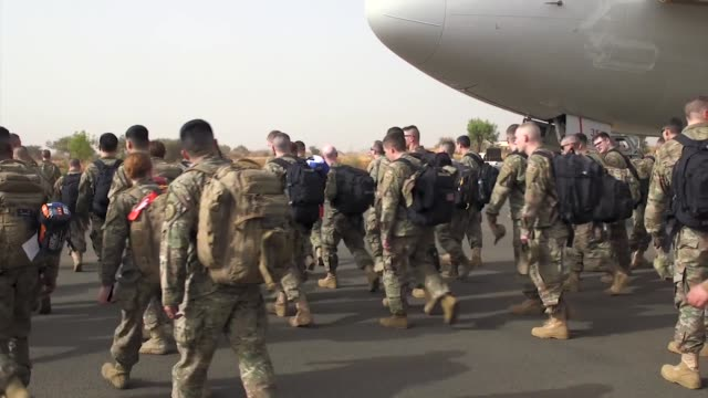 us air force 435th air expeditionary wing usafe deploy from ramstein air base to west africa - us airforce stock videos & royalty-free footage