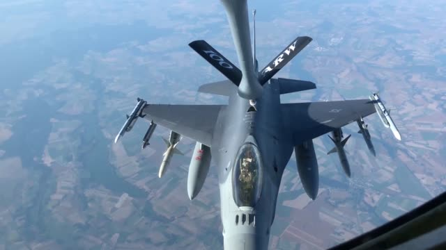 us air force kc135 stratotanker from the 100th air refueling wing refuels f16 fighting falcons and f15 eagles us air force recently conducted... - general dynamics f 16 falcon stock videos & royalty-free footage