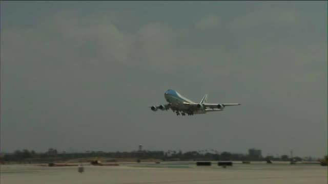 Air Force One TakeOff
