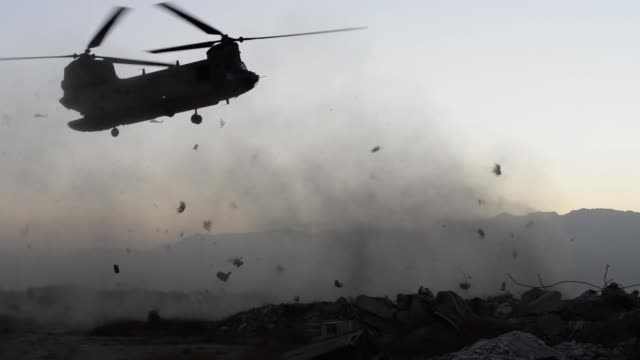 stockvideo's en b-roll-footage met us air force pararescue airmen with the 83rd expeditionary rescue squadron conduct inflight medical training at bagram airfield afghanistan - bagram air base