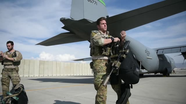 us air force pararescuemen assigned to the 83rd expeditionary rescue squadron at bagram airfield afghanistan conduct a training jump out of a 774th... - bagram stock-videos und b-roll-filmmaterial