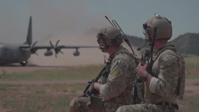 us air force tactical air control members conduct a field training exercise at fort carson colorado - desert stock videos & royalty-free footage