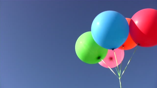 stockvideo's en b-roll-footage met air helium balloon (decoration) - vijf dingen