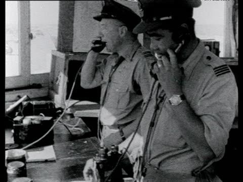 air traffic control room el gamil airbase suez crisis egypt; 22 nov 56 - 1956 stock-videos und b-roll-filmmaterial