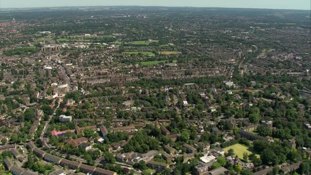 air views of peterborough lido and london on hottest day of the year; air views south east london - dulwich golf club / residential and parks / sacks... - dulwich stock videos & royalty-free footage