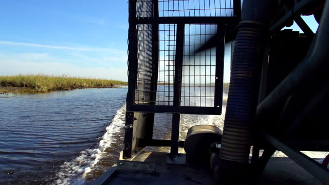hd super slow-mo: airboat in the everglades - propeller stock videos & royalty-free footage