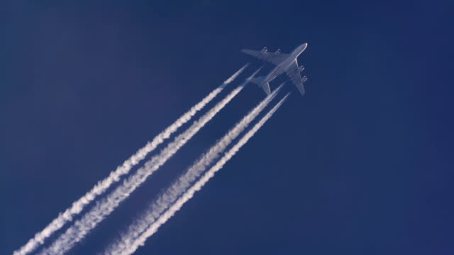 Airbus A380.  Altitude 38,000 ft/11,582m. Speed458 kts/ 848km/h. ICN-LHR, Seoul-London.