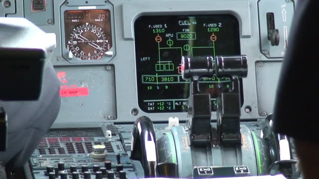 aircraft control panel - lever stock videos & royalty-free footage