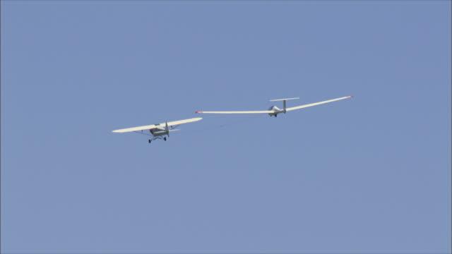 WS ZO Aircraft towing glider / Galilee, Israel