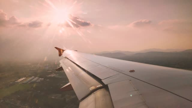 vidéos et rushes de aircraft wing from window.aerial view from airplane window. - aile d'avion
