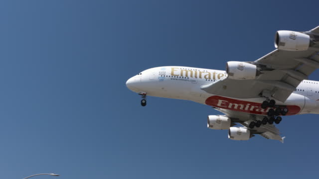 airline carrier - 旅客機点の映像素材/bロール