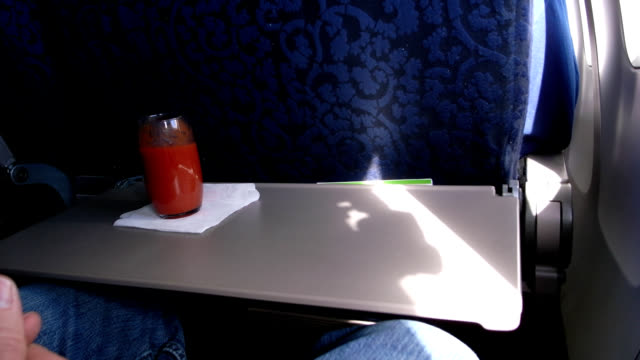Airline meal timelapse HD