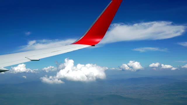vídeos y material grabado en eventos de stock de avión de pasajeros sobre el méxico - toma aérea en vuelo