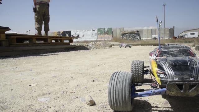 airmen assigned to the 455th expeditionary aircraft maintenance squadron stationed at bagram airfield afghanistan recently finished building a bigger... - バグラム空軍基地点の映像素材/bロール