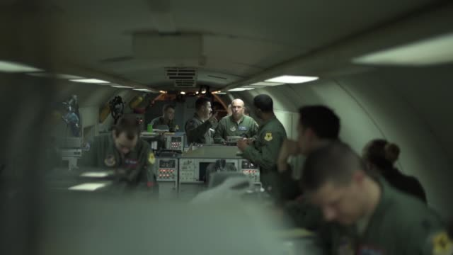 vídeos y material grabado en eventos de stock de us airmen with the 18th operations group conduct airborne command and control in an e3 sentry aircraft while participating in training exercise keen... - detalle arquitectónico exterior