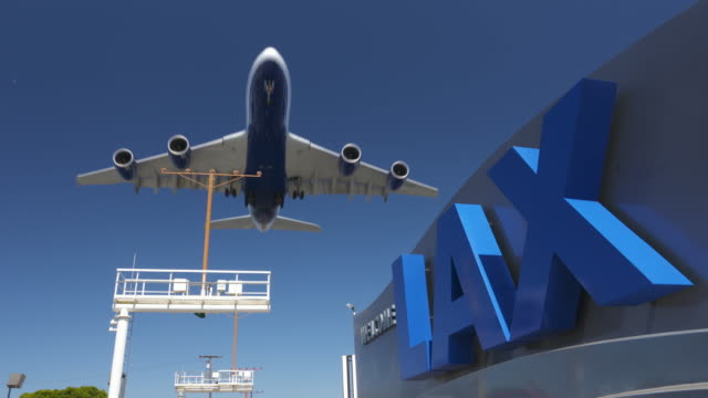 lax airplane arrival - airbus stock-videos und b-roll-filmmaterial