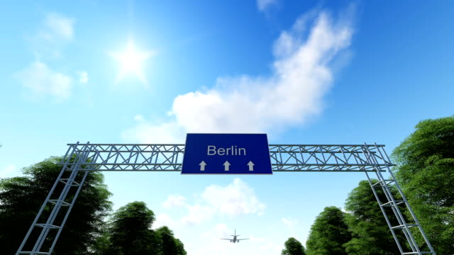 airplane arriving to berlin in germany - arrivo video stock e b–roll