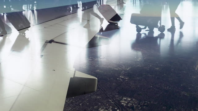 airplane flying, window view, people walking - flugpassagier stock-videos und b-roll-filmmaterial