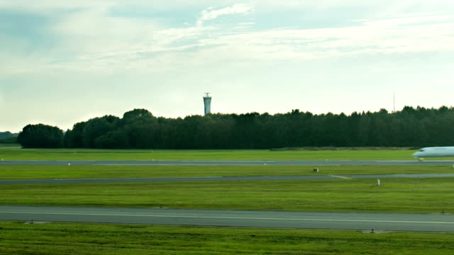 airplane on runway - taxiing stock videos & royalty-free footage
