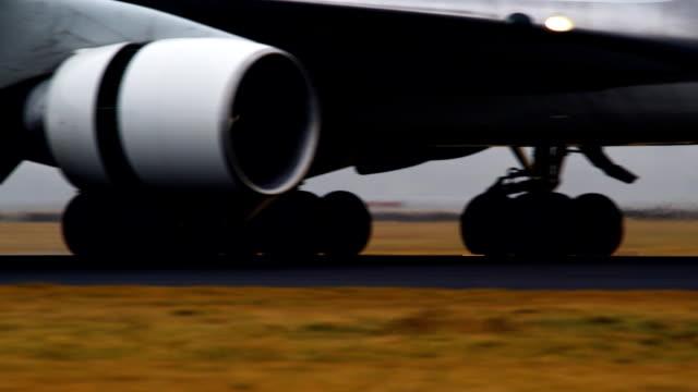 Airplane (1080p)