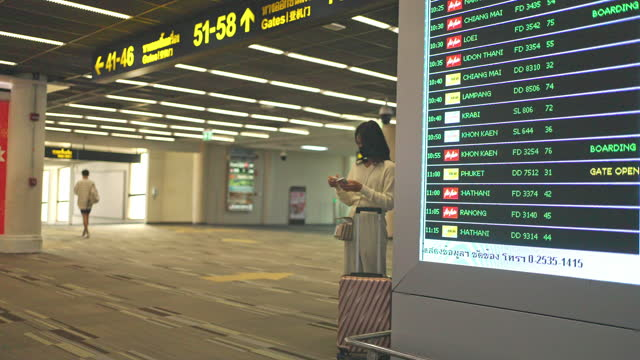 airport departure board - digital signage stock videos & royalty-free footage