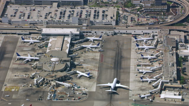 aerial airport in california, usa - airport runway stock videos & royalty-free footage