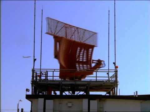 airport radar turning - air traffic control stock videos & royalty-free footage