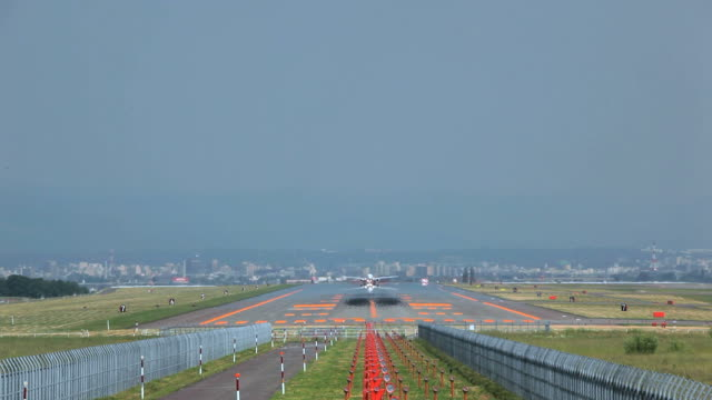 airport runway - air vehicle stock videos & royalty-free footage
