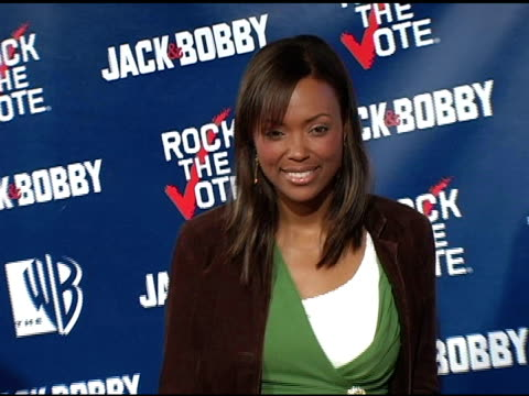 aisha tyler at the rock the vote at warner brothers in burbank, california on september 29, 2004. - rock the vote stock-videos und b-roll-filmmaterial