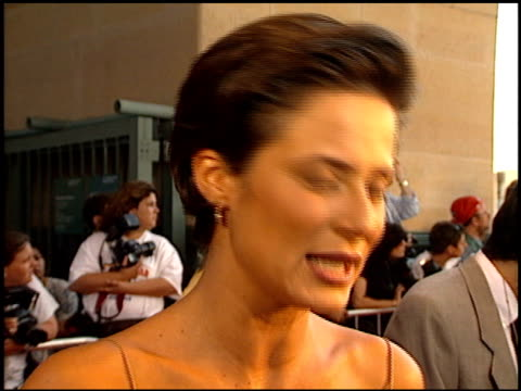 aitana sanchez-gijon at the 'a walk in the clouds' premiere at the los angeles county museum of art in los angeles, california on august 8, 1995. - ロサンゼルスカウンティ美術館点の映像素材/bロール