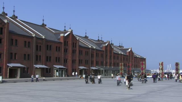 ms, aka-rengo soko renovated warehouses, japan, kanagawa prefecture, yokohama - yokohama stock videos and b-roll footage